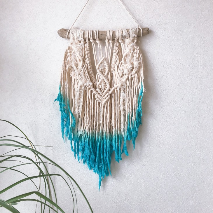 macrame gradation wall hanging